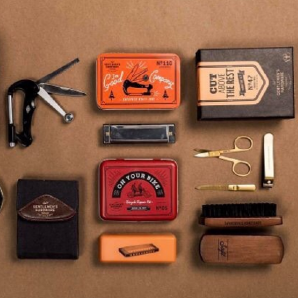 Choose from multi tools, manicure sets, wallets and enamel camping mugs.